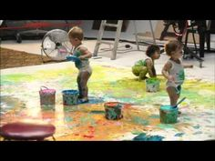 babies painting Infant Play, Toddler Play, Toddler Learning, Baby Play, Toddler Preschool, Infant Toddler, Infant Classroom, Creative Activities For Kids, Baby Painting