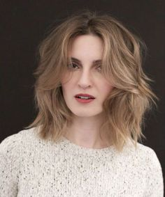 Eye Catching Shoulder Length Shaggy Hairstyles to Get A New and Modish Look - Braut Chic Hairstyles, Hairstyles Over 50, Wedding Hairstyles, Shaggy Hairstyles, Haircuts, Latest Hairstyles, Hairstyle Ideas, Hair Ideas, How To Make Braids