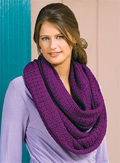 Non-Stick Lace Cowl, part of Crochet!'s FREE Quick Gift Crochet Pattern of the Month. Get the download here: http://www.crochetmagazine.com/crochet_project.php?fcebkcc