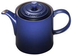 Le Creuset teapot. Blue