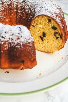 Bundt Panettone is a less fussy version of an Italian holiday panettone made in a Bundt pan. Delicious with a hot cup of coffee on Christmas morning. Eating panettone is something I remember since I Holiday Bread, Christmas Bread, Christmas Breakfast, Holiday Cakes, Christmas Morning, Christmas Desserts, Christmas Baking, Christmas Goodies, Christmas Recipes