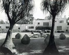 irving gill's 1916 dodge house stood in west hollywood until it was torn down in the 1970s