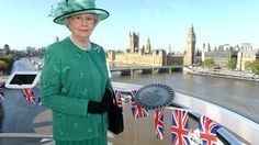 Read the latest London stories, Queen lookalike celebrates coronation anniversary on ITV News, videos, stories and all the latest London news Look Alike, Royals, Anniversary, Mary, English, Queen, Reading, Celebrities, Show Queen