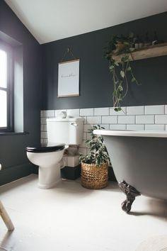Bathroom Renovation Ideas: bathroom remodel cost, bathroom ideas for small bathrooms, small bathroom design ideas Dark Bathrooms, Amazing Bathrooms, Light Bathroom, Master Bathroom, Bathroom Small, Bathroom Yellow, 1950s Bathroom, Bathroom Grey, Basement Bathroom