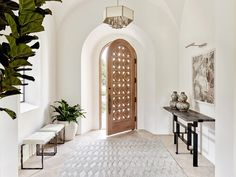 View photos of the breezy, coastal-inspired Santa Barbaran eclectic home designed by David Michael Miller Associates. Contact us to learn more about interior and exterior design for your space and get started on your own project. Home Interior Design, Interior Architecture, Interior And Exterior, Exterior Design, White House Interior, Room Interior, Interior Styling, Spanish Style Homes, Spanish House