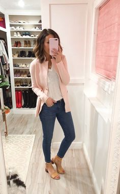 99 Fashionable Office Outfits and Work Attire for Women to Look Chic and Stylish – Lifestyle Scoops Work Attire Women, Business Casual Outfits For Women, Stylish Work Outfits, Work Casual, Casual Chic, Women Work Outfits, Smart Casual Women Summer, Chic Outfits, Casual Friday Work Outfits