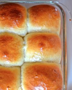 Yammie's Noshery: Hawaiian Sweet Rolls {The Fluffiest Rolls I've Ever Made}