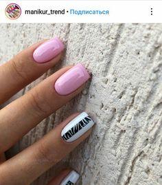 Nail art Christmas - the festive spirit on the nails. Over 70 creative ideas and tutorials - My Nails Fabulous Nails, Perfect Nails, Nail Manicure, Nail Polish, Cute Nail Art, Hot Nails, Nagel Gel, Nail Decorations, Creative Nails