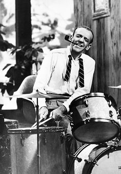Fred Astaire tries his hand at the drums     Life. Ruiner.