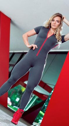 Short Sleeve Zipper Patchwork Tracksuit Women Sportwear Outfit Workout - HESHEONLINE Rompers Women, Jumpsuits For Women, Womens Workout Outfits, Sport Outfits, Brazilian Workout, Gym Clothes Women, Fitted Jumpsuit, One Piece, Ideias Fashion