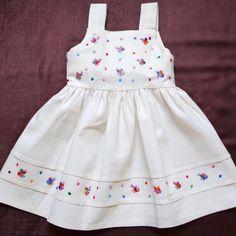 Kids Dress Wear, Little Girl Dresses, Baby Dress, Girls Dresses, Summer Dresses, Cotton Frocks, Dress Painting, Kids Lehenga, Baby Frocks Designs