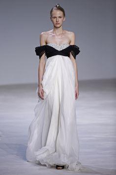Giambattista Valli   Haute Couture - Spring 2016   Look 31