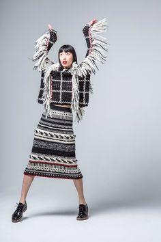 Spencer Vladimir | Fall | AucciKnitting | Knitting | Knitting project | Moda | Knitwear 2016 | Girl | Pullover | Pullover Sweater | Pullover stricken | Pullover outfit | Pullover nähen | Pullover stricken anleitung | Stricken | Stricken deutsch | Stricken anleitungen | Sweaters | Sweater dress | Sweater outfits | Sweater for fall | Sweater weather | Skirts | Jacquard