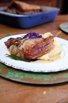 Annabel Langbein's Roast Pork with Fennel, Onions and Apples | Inside Cuisine