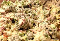 Cari's Creamy Bacon & Broccoli Salad - Lovefoodies hanging out! Tease your taste buds!
