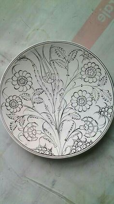 piksel click now for more info. Blue Pottery, Pottery Plates, Ceramic Pottery, Turkish Design, Turkish Art, Painted Plates, Hand Painted Ceramics, Islamic Art Pattern, Pattern Art