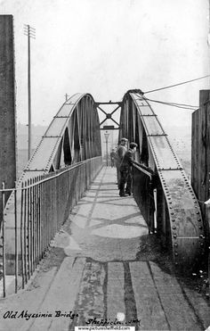 The original bridge was wooden Old Pictures, Old Photos, Sheffield England, Northern England, Industrial Architecture, My Family History, Urban Landscape, Ancestry, Bridges
