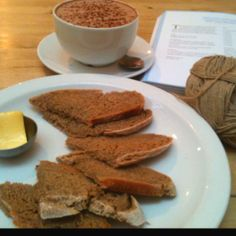 Snacks and knitting at Star Anise Cafe, Stroud, Gloucestershire.