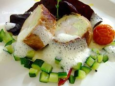 Gourmetpedia: Pan seared turbot roulade in raw ham on sauteed diced courgettes Zucchini, Caprese Salad, Fish Recipes, Ham, January, Dinner, Party, Food, Fish