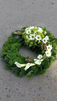 Flowers for funerals and memorials # Memorialflowers, – Trauerfloristik – Wreaths Funeral Floral Arrangements, Modern Floral Arrangements, Flower Arrangements, Grave Flowers, Funeral Flowers, Deco Floral, Arte Floral, Ikebana, Flower Art Images