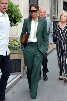 Victoria Beckham Just Bohemian-ized the Heck Out of Her Pantsuit With 1 Key Accessory