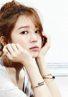 Yoon Eun Hye (korean actress)