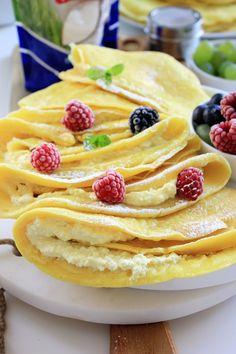 Naleśniki budyniowe | Tysia Gotuje blog kulinarny Sweet Desserts, Pancakes, Food And Drink, Pasta, Cookies, Breakfast, Ethnic Recipes, Recipe, Cooking