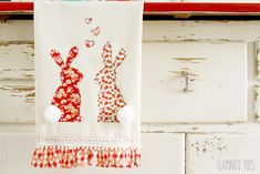 I can't resist making cute dishtowels – they're so much more fun than ordinary old dish towels. This sweet floral bunny dishtowel is perfect for adding a touch of Spring and Easter to your kitchen, or as a gift for a friend! I just love their little pom pom tails! I suppose that doesn't make …