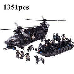 48.59$  Buy now - http://ali7va.shopchina.info/go.php?t=32569111711 - AIBOULLY 2017 NEW1351pcs Swat team model building blocks Chinook transport helicopter Kids Educational Bricks Toys Free Shipping 48.59$ #SHOPPING