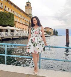 Storia ed eleganza: il Grand Hotel di Gardone Riviera Short Sleeve Dresses, Dresses With Sleeves, Hotel, Blog, Fashion, Elegant, Moda, Sleeve Dresses, Fashion Styles