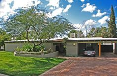 Mid century modern home designed and built by Ralph Haver in the Marlin Grove neighborhood of Phoenix Arizona.