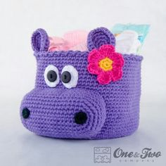 Crochet basket - this would be absolutely adorable for storing kids bath stuff!