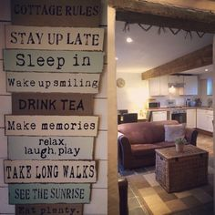 Hay Barn, Staying Up Late, Drinking Tea, Dog Friends, Relax, Cottage, Home Decor, Cottages, Keep Calm