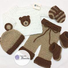 anita (@anaangelicarodriguez) • Fotos y vídeos de Instagram Crochet For Boys, Fingerless Gloves, Arm Warmers, Bb, Crochet Patterns, Instagram, Hipster Stuff, Illusions, Beanies