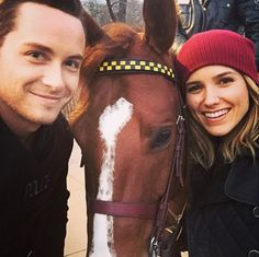 Jesse Lee Soffer & Sophia Bush. Detectives Halstead & Lindsay and Officer Kilroy (the horse). Chicago PD.