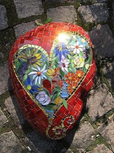 "Love this mosaic piece. We're doing some clay and mosaics in my studio. This is inspiring -- stone ""Blossom heart"" Mosaic Crafts, Mosaic Projects, Mosaic Art, Mosaic Glass, Mosaic Tiles, Glass Art, Stained Glass, Tiling, Art Beauté"