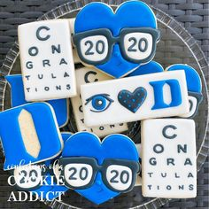 Congrats to the newly graduated Duke Eye Docs! #2020vision #duke #acookieaddict