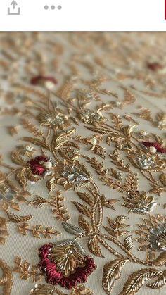 Zardozi embroidery on Peach Sharara Set by Label Kanupriya - AmigurumiHouse Zardosi Embroidery, Hand Embroidery Dress, Towel Embroidery, Embroidery Flowers Pattern, Couture Embroidery, Embroidery Motifs, Gold Embroidery, Embroidery Fashion, Hand Embroidery Designs