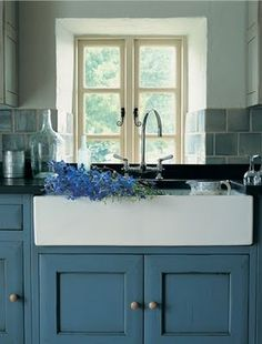 love this sink and the colour cabinet