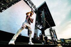 "ONE OK ROCK史上最大規模ワンマンで""世界一大事な""11万人を圧倒(画像 2/10) - 音楽ナタリー"
