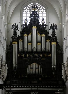BELGIUM: Antwerp. Cathedral of Cathedral of Our Lady.  Organ built by Pierre Schyven 1891.  IV/P 90 stops, in romantic style.    (Another organ  in classic style was added by the Swiss firm Metzler 1993. III/P, 45 stops.)