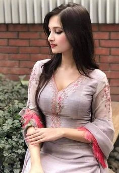 Beautiful Girl Body, Beautiful Blonde Girl, Beautiful Girl Indian, Most Beautiful Indian Actress, Simply Beautiful, Beauty Full Girl, Beauty Women, Real Beauty, Stylish Girl Images