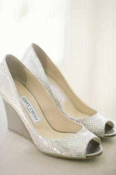 hochzeitsschuhe silber fun wedding shoes Silver Wedding Shoes For Stylish Brides silver wedge wedding shoes sparkle comfortable stylish jenny moloney Silver Wedge Wedding Shoes, Sparkle Wedding Shoes, Silver Flat Shoes, Converse Wedding Shoes, Wedding Wedges, Silver Wedges, Sparkle Shoes, Peep Toe Shoes, Wedge Shoes