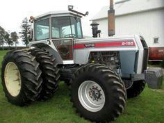 WHITE 2-155 FWD Farmall Tractors, Old Tractors, John Deere Tractors, James Bond Movie Posters, James Bond Movies, White Tractor, Classic Tractor, Vintage Tractors, Heavy Equipment
