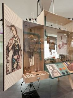 Mixology Carts by Gloss Creative and Fabio Ongarato Design - News - Frameweb