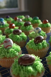 sports cupcakes | Sports Cupcakes