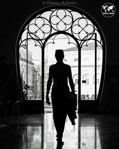 """#Bellezza, femminilità, seduzione, dolcezza, #fashion, #glamour, sperimentalismo negli scatti fotografici proposti da """"Moda & Bellezza Magazine"""" - il Social Magazine realizzato da Dielle Web e Grafica www.diellegrafica.it - Credits e Copyright riservati ai legittimi proprietari. Da Instagram @damian_rubiales/"""