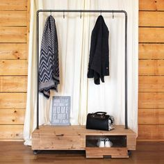30 sticky and stylish clothes-rack ideas - Best Home Designs Mini Dressing, Dressing Design, Blue Accent Walls, Modern Interior, Interior Design, Clothes Rail, Modern Aesthetics, Cool House Designs, Stylish Outfits