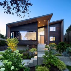 Contemporary architecture, interior design and modern product designs. Contemporary House Plans, Contemporary Interior Design, Modern House Plans, Modern House Design, Modern House Exteriors, Loft Design, Modern Exterior, Exterior Design, Exterior Tradicional