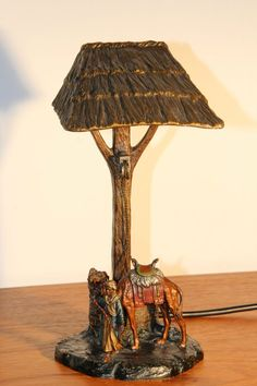 Wiener Bronze Lampe Orientalist Bronze Lamp Leuchte Araber mit Kamel am Brunnen